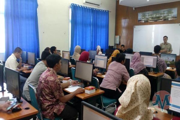 31 Dosen, Teknisi dan Mahasiswa TI PNP Ikuti Workshop
