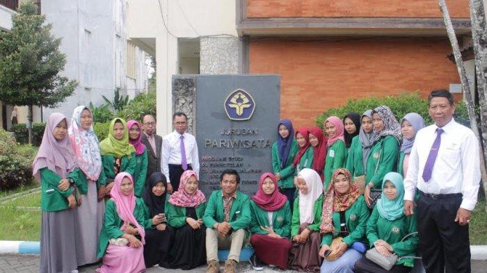 Mahasiswa BSI UINAM Belajar Kelola Wisata Sulsel di Politeknik Negeri Bali