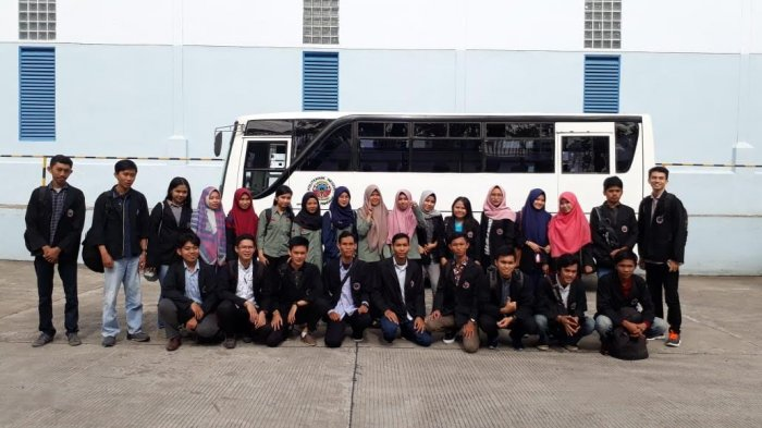Dosen dan Mahasiswa PNUP Kunjungi Mayora