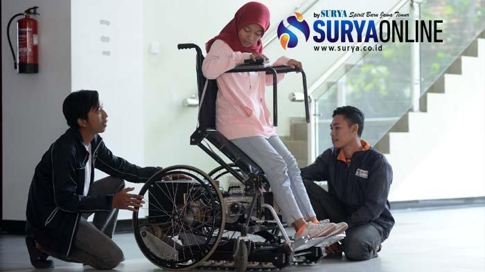 Kursi Roda Elektrik Buatan Mahasiswa PENS Ini Bisa Naik Tangga dan Menanjak