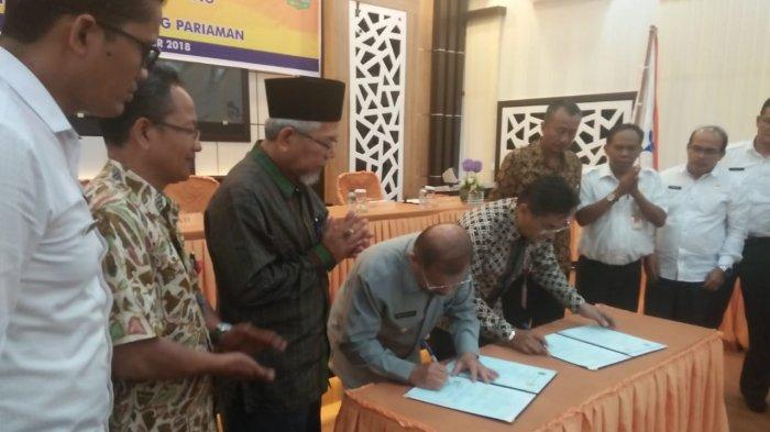 Pemkab Padang Pariaman Kuliahkan 28 Mahasiswa Kurang Mampu di PNP
