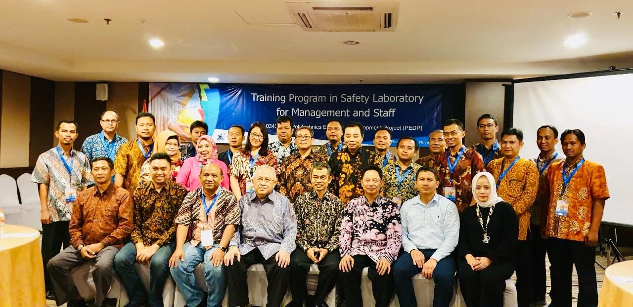 Training Program in Safety Laboratory for Management and Staff