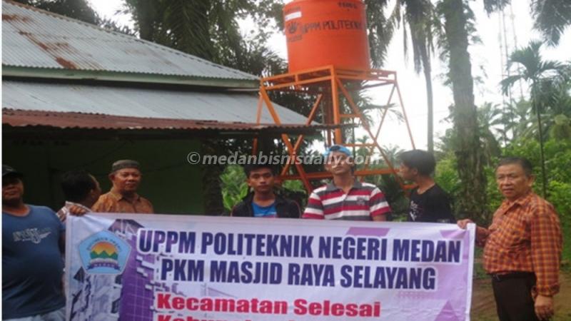 Polmed Sumbang Menara Air dan Tanki Masjid