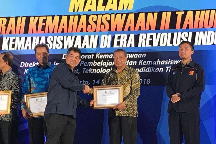 PENS Raih 3 Penghargaan Kemenristek Bidang Kemahasiswaan
