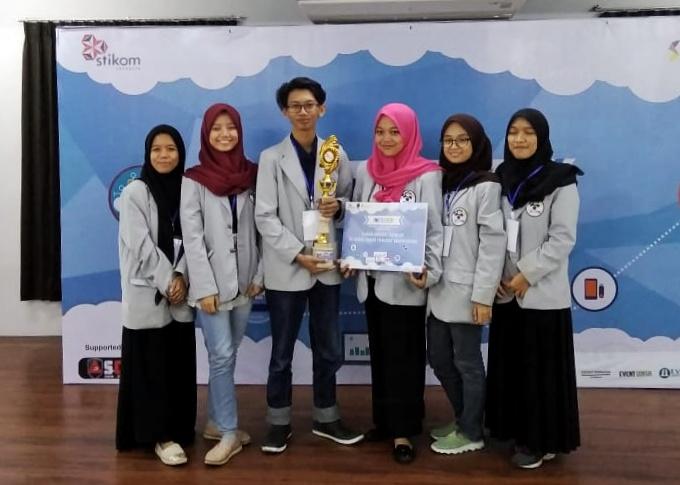 Aplikasi E-Commerce Karya Mahasiswa PENS Raih Medali Emas pada INTEGER 2018