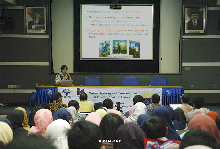 Salah Satu Bentuk Kerjasama, PENS Kembali Hadirkan Prof. Kosuke Takano pada Kuliah Tamu