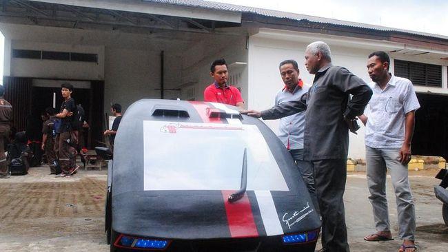 Khatulistiwa Line 6 - Mobil Irit Karya Mahasiswa Politeknik Negeri Pontianak