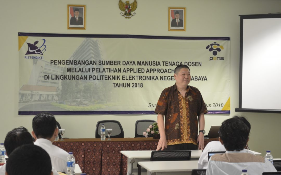 P3AI PENS Gelar Pelatihan Applied Approach