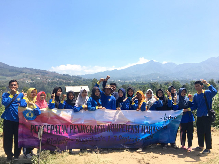 15 mahasiswa Beasiswa PEMDA Polinela belajar BUMDES di desa Pujon Kidul