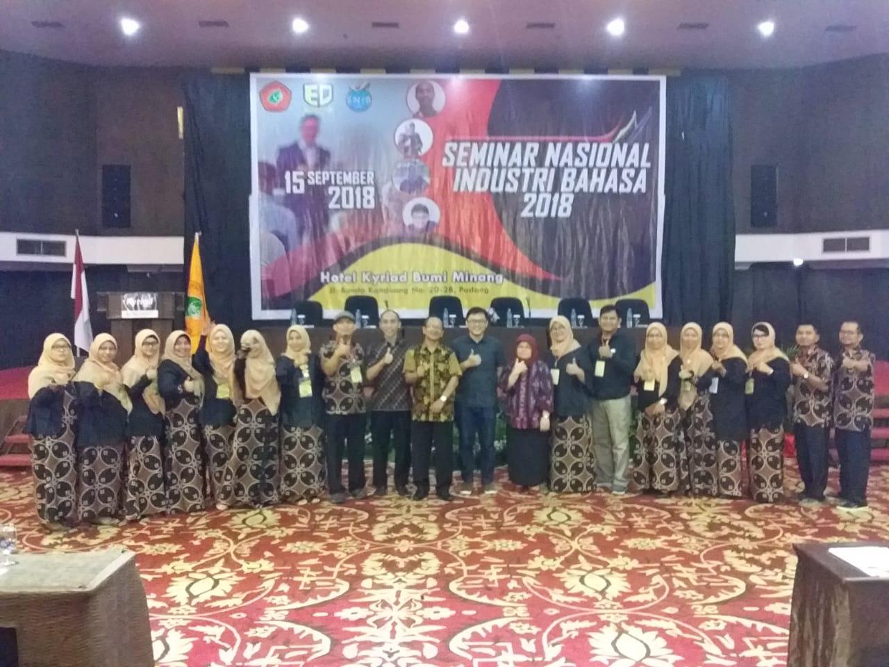 Politeknik Negeri Padang Gelar Seminar Nasional Industri Bahasa