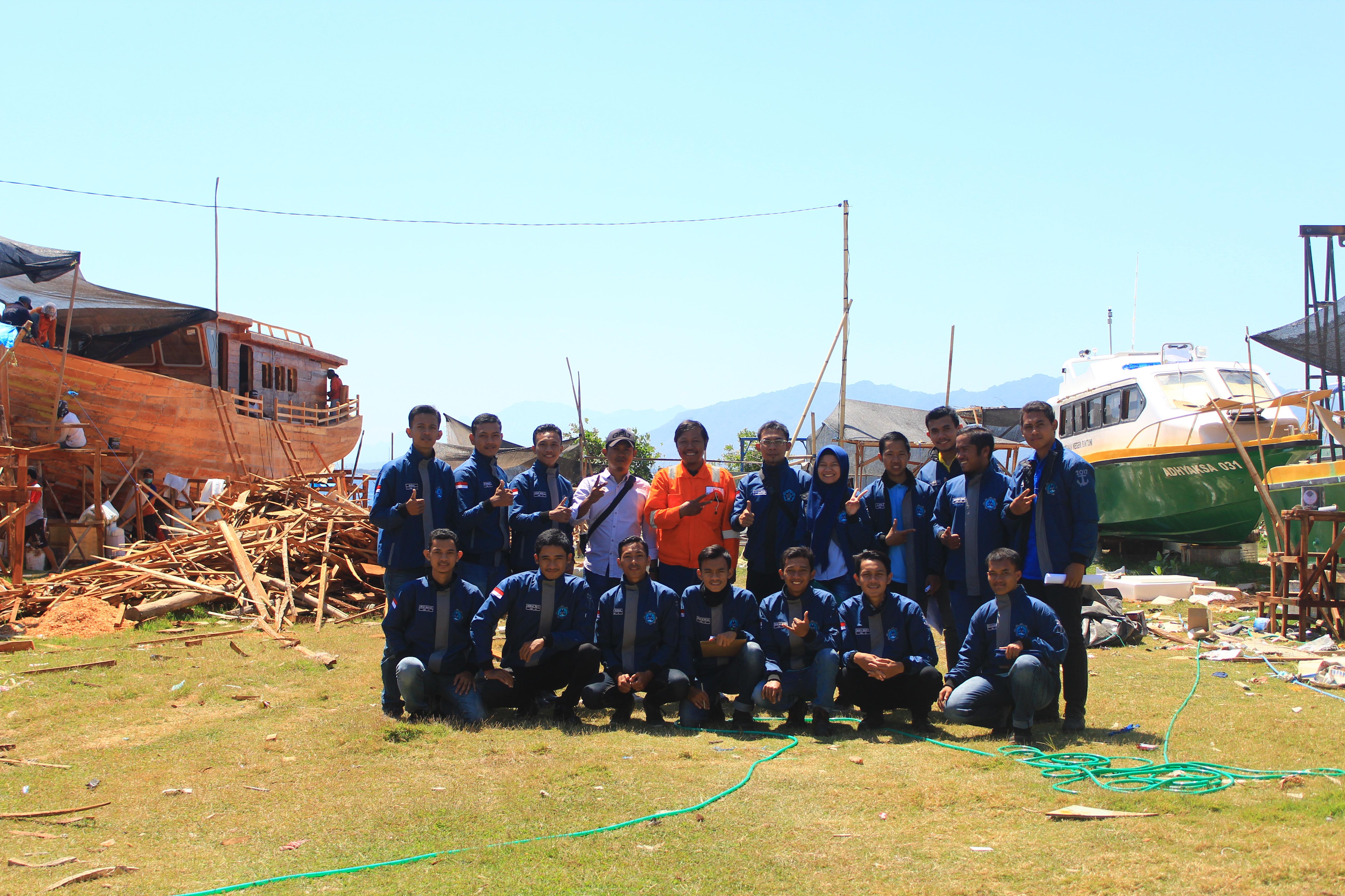 Kuliah Lapangan Program Studi D-IV Teknik Manufaktur Kapal Poliwangi