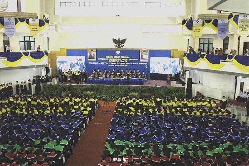 Akui Keberhasilan Mahasiswa, PENS Kembali Gelar Wisuda ke–11