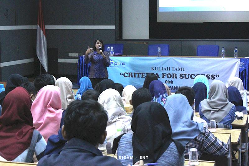 """Kembangkan Karakter Mahasiswa, Program Studi Teknik Elektro Industri Gelar kuliah Tamu """" Criteria For Succes"""""""
