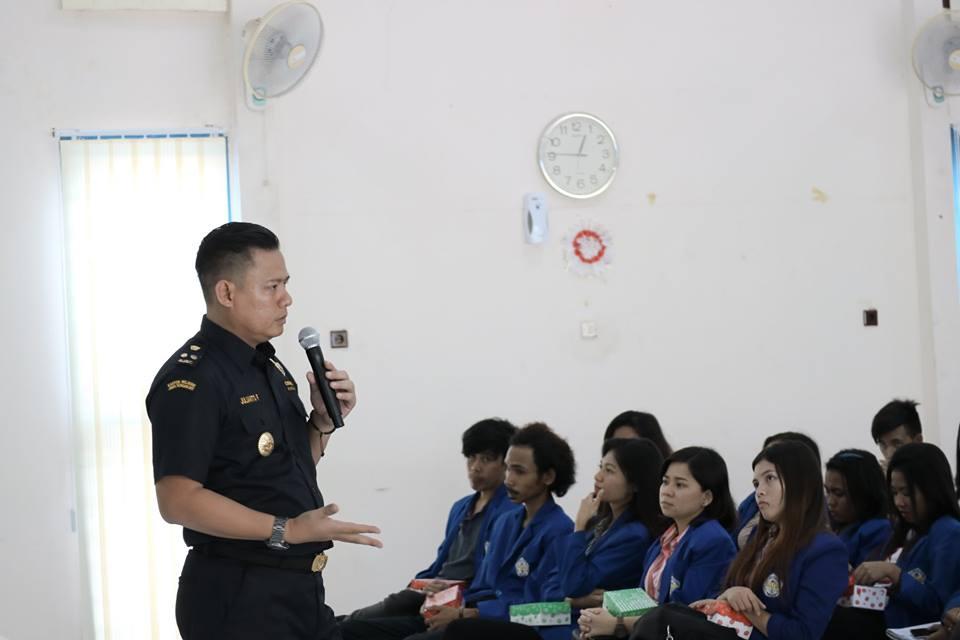 Politeknik Negeri Manado Kunjungi Bea Cukai Bitung