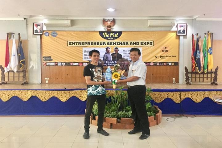 """Mahasiswa Prodi Administrasi Bisnis Terapan """"Entrepreneur Seminar and Expo"""""""