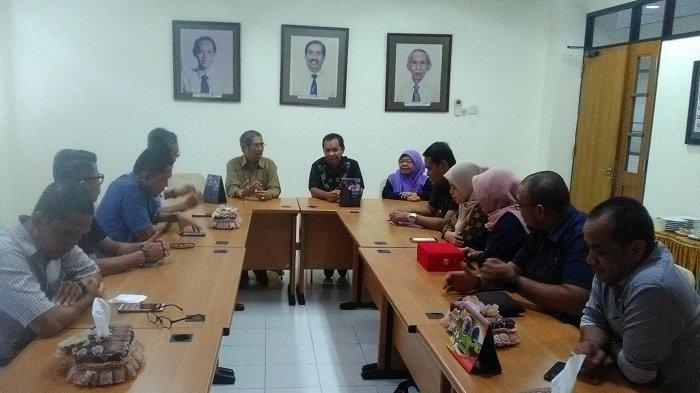 Kalsel Tuan Rumah Porseni Politeknik se-Indonesia