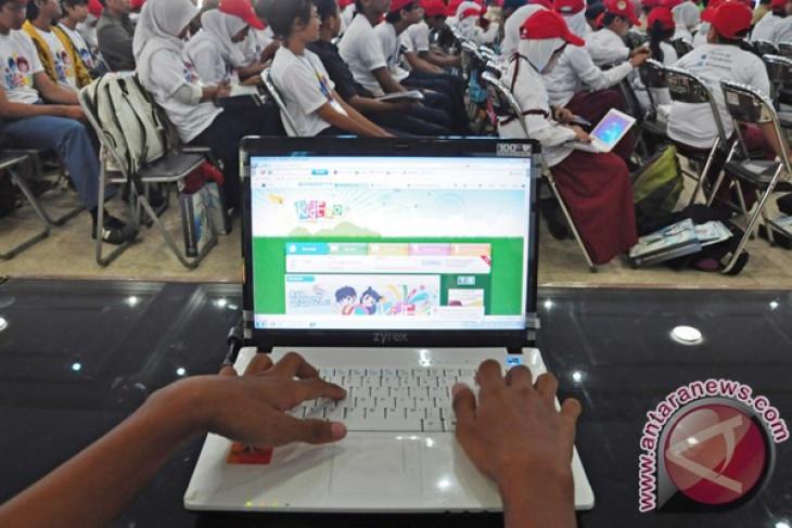 Politeknik Negeri Ujung Pandang Ajak Masyarakat Gunakan Internet Aman dan Sehat
