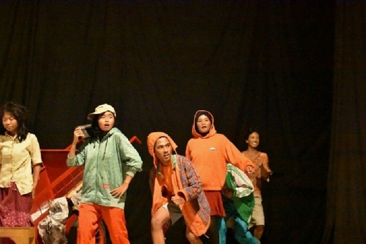Kreasi Seni Mahasiswa Politeknik Negeri Semarang
